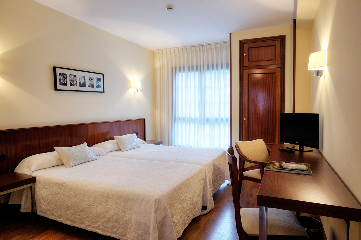 http://www.palacioarias.es/wp-content/uploads/2016/12/Hotel1.jpg