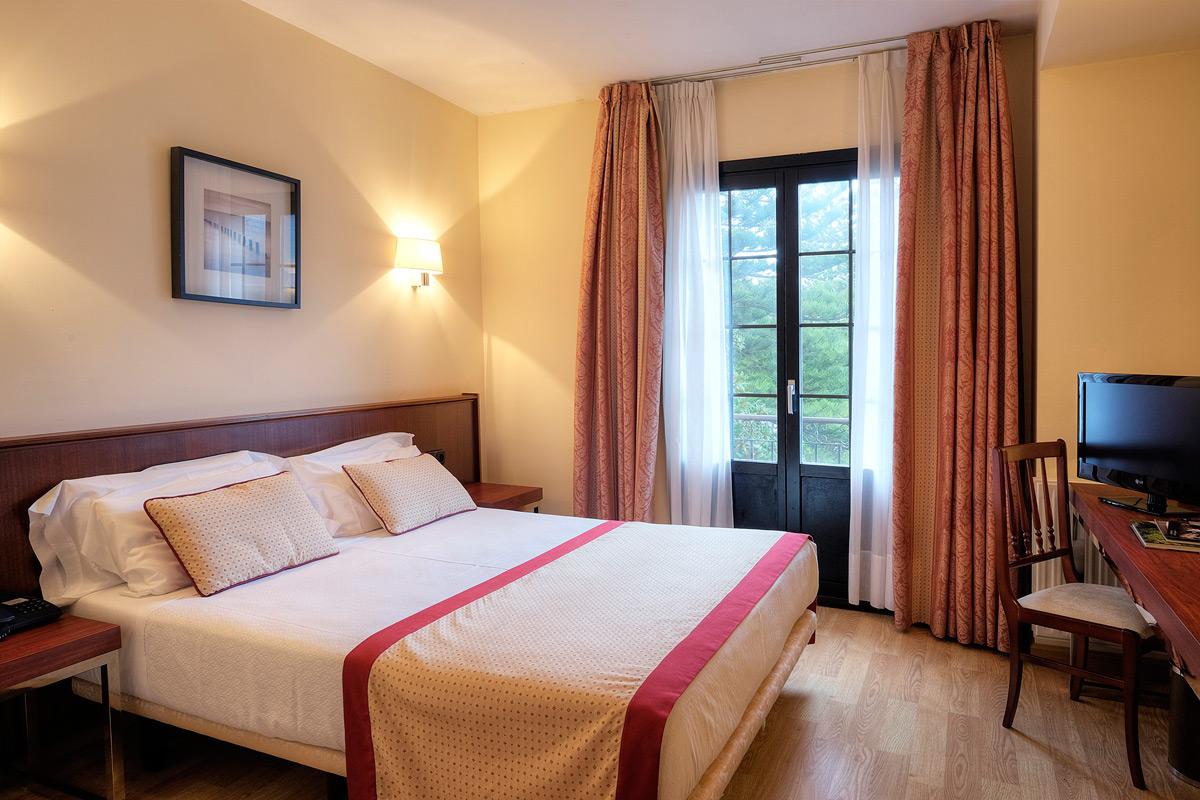 https://www.palacioarias.es/wp-content/uploads/2016/12/Hotel2.jpg