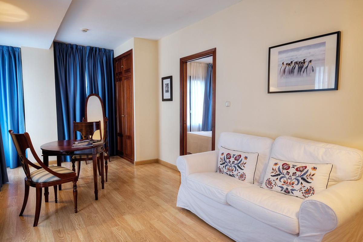 https://www.palacioarias.es/wp-content/uploads/2016/12/Hotel3.jpg